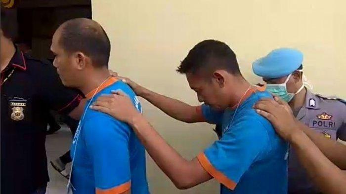 Satu dari empat pencuri masker di RSUD Pagelaran Cianjur ternyata seorang ASN yang bekerja di bagian pelayanan medik di rumah sakit tersebut.