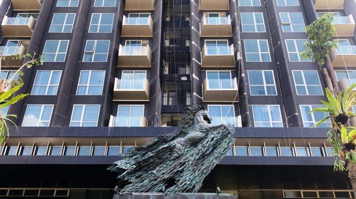 Dua Karya Seni Nyoman Nuarta Hiasi Apartemen Saumata Suites