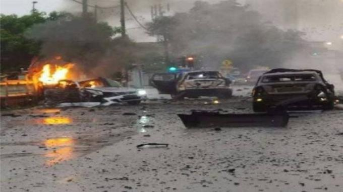 Sebuah Mobil Meledak hingga Terbelah Dua, 1 Korban Tewas Mengenaskan, Diduga karena Petasan