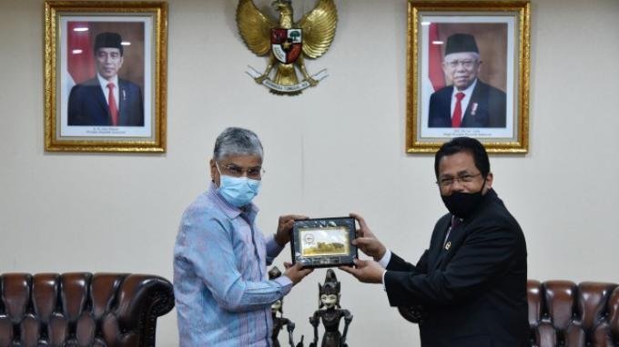 Sekjen DPR Terima Kunjungan Kehormatan Dubes India