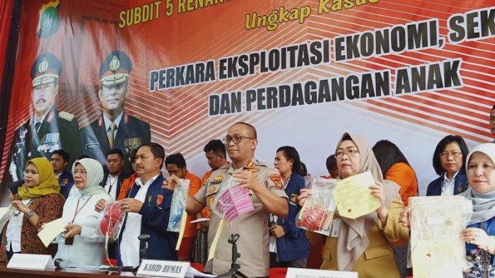 Polda Metro Jaya merilis pengungkapan kasus eksploitasi anak di bawah umur, Sudirman, Jakarta Selatan, Senin (21/1/2020).