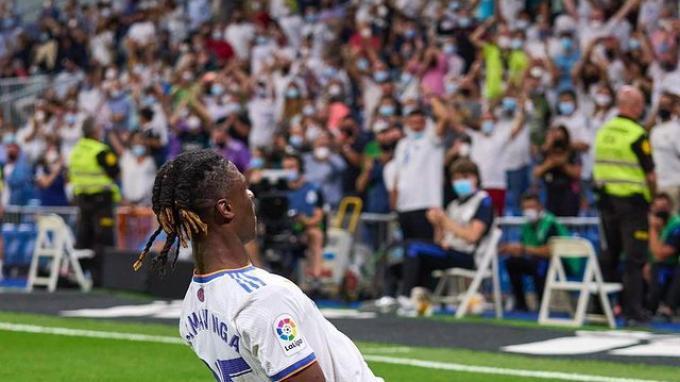 Selebrasi Eduardo Camavinga setelah mencetak gol debut untuk Real Madrid di Liga Spanyol