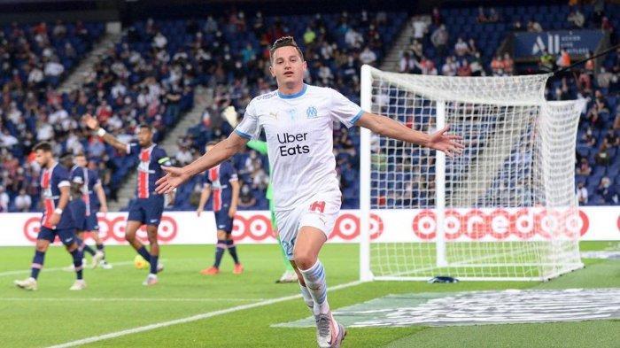 Selebrasi Florian Thauvin bersama Marseille.