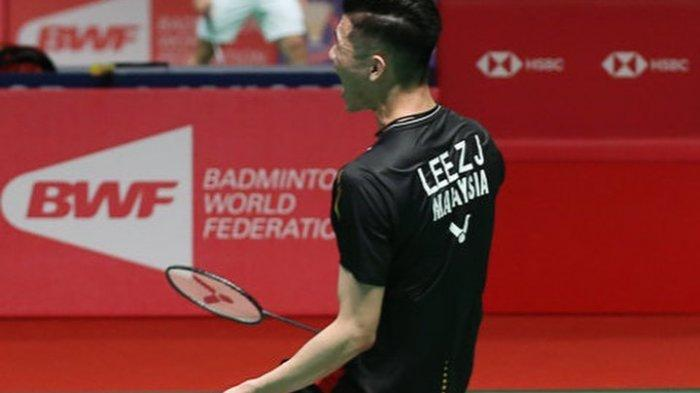 Selebrasi Lee Zii Jia setelah meraih kemenangan dalam pertandingan