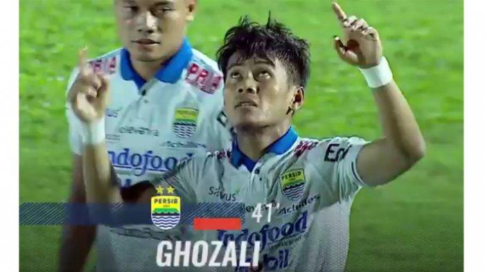Hal-Hal Menarik Saat Persib Tundukkan Borneo FC: Bawa Pulang Tiga Poin, Maung Naik Peringkat