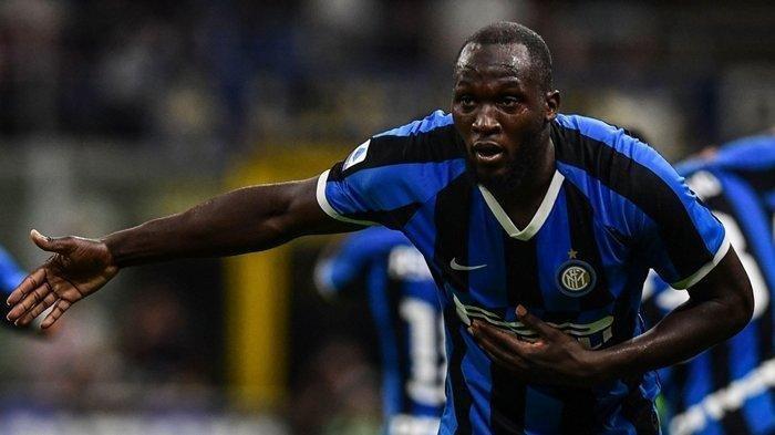 Selebrasi Romelu Lukaku usai mencetak gol perdana bersama Inter Milan