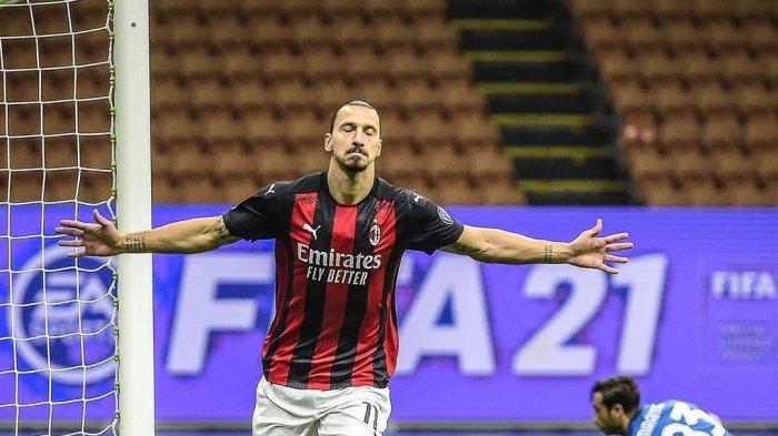 Selebrasi striker AC Milan, Zlatan Ibrahimovic setelah cetak gol penalti ke gawang AS Roma dalam lanjutan pekan keenam Liga Itaklia 2020/2021
