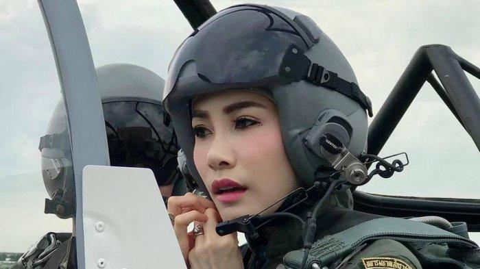 Raja Thailand Vajiralongkorn Mendadak Copot Semua Gelar Resmi Selir Sineenat: Dianggap Tidak Setia
