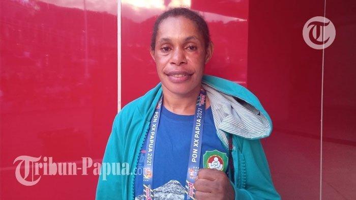 Mantap! Targetkan Emas, Selly Wanimbo Melaju ke Semifinal Tinju PON XX Papua