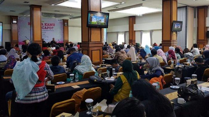 "Seminar awam bertema ""Kenapa Kamu Pilih CAPD?"" yang digelar oleh Komunitas Pasien Cuci Darah Indonesia yang bekerjasama dengan Baxter Healthcare Asia, Minggu (21/7/2019)"