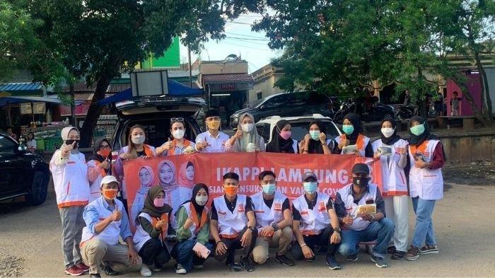 Senator Lampung Jihan Fahira Bersama DPD IKAPPI Bandar Lampung Berbagi Takjil dan Masker