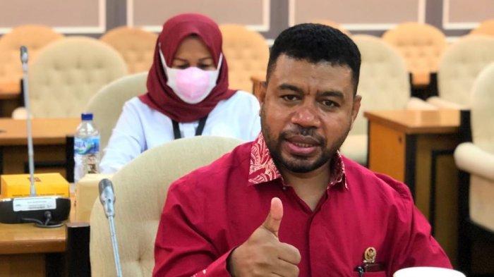 Senator Papua Barat Filep Wamafma Harap Pemprov Papua Barat Transparan dan Dukung Audit Dana Hibah