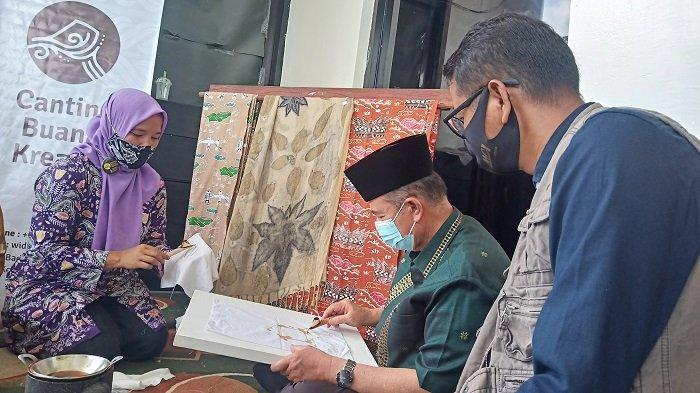 CSR Patut Lirik Hasil Karya Seniman di Sumbar, Tetap Produktif Saat Pandemi Covid-19