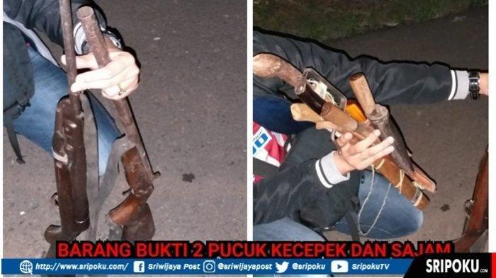Senjata yang disita saat bentrokan antara warga dengan polisi di Empatlawang
