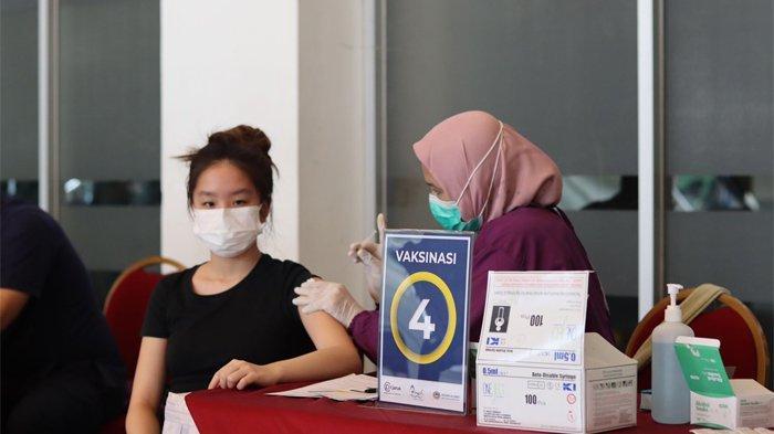 """Ikastara kembali melaksanakan """"Sentra Vaksinasi Kolaborasi Ikastara"""" pada Sabtu (4/9/2021) di Ancol Beach City Mall, Pantai Carnaval, Taman Impian Jaya Ancol Jakarta."""
