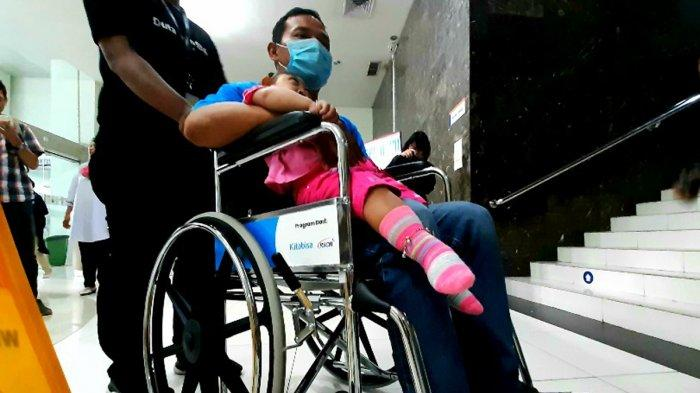 Kitabisa.com Sumbang 100 Kursi Roda untuk Pasien di RSCM