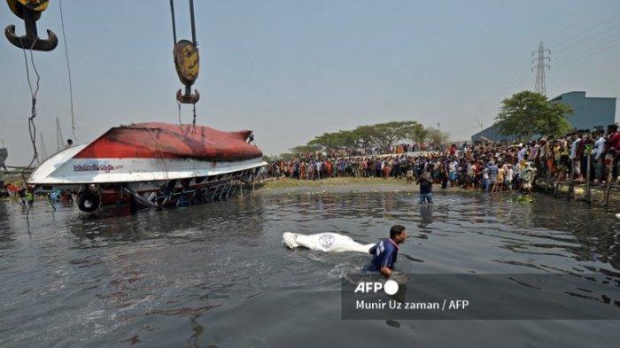 Kapal Feri Bertabrakan dengan Kapal Kargo di Bangladesh, 26 Orang Meninggal dan Lainnya Hilang