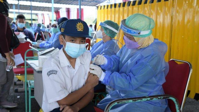Vaksinasi RI Capai 100 Juta Suntikan, Protokol Kesehatan Harus Tetap Maksimal