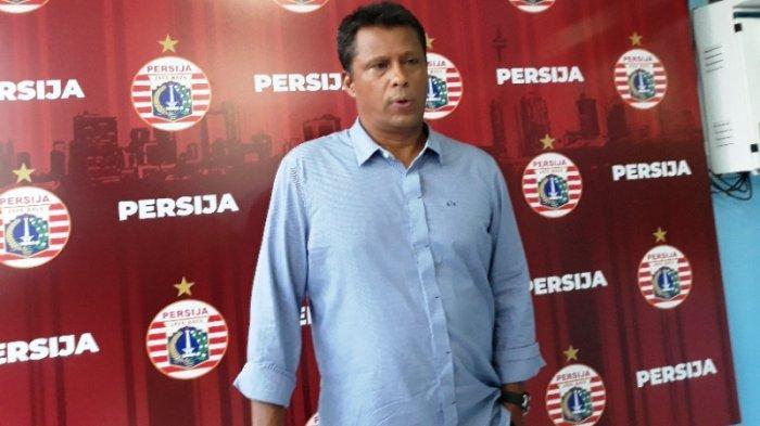 Pelatih Persija Jakarta, Sergio Farias saat ditemui setelah memimpin latihan di Lapangan PSAU TNI AU, Halim Perdanakusuma, Jakarta Timur, Jumat (17/1/2020).