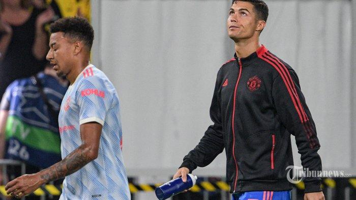 Striker Manchester United asal Portugal Cristiano Ronaldo (kanan) bereaksi pada akhir pertandingan sepak bola Grup F Liga Champions UEFA antara Young Boys dan Manchester United di stadion Wankdorf di Bern, pada 14 September 2021. AFP/SEBASTIEN BOZON