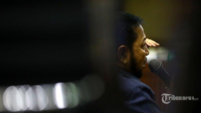 Terpidana kasus e-KTP Setya Novanto bersaksi dalam sidang lanjutan kasus dugaan suap proyek PLTU Riau-1, dengan terdakwa mantan Dirut PLN Sofyan Basir di Pengadilan Tipikor, Jakarta, Senin (12/8/2019). Sidang kali ini beragendakan mendengarkan keterangan saksi. TRIBUNNEWS/IRWAN RISMAWAN