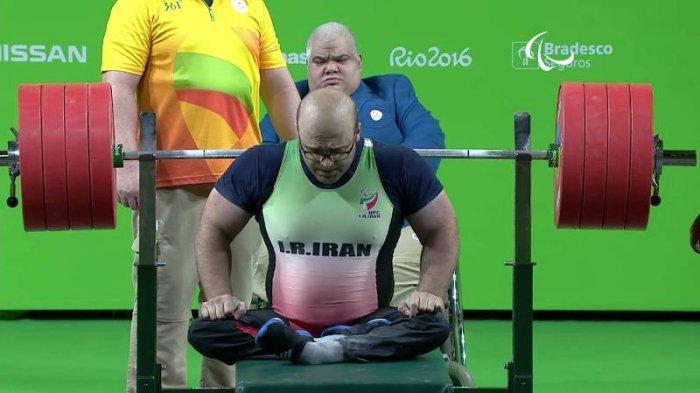 Seyedhamed Solhipouravanji Raih Emas di Nomor 94 Kg Pria Powerlifting