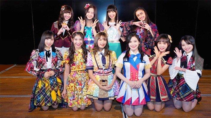 Shani JKT48 Tampil di Teater AKB48 di Akihabara Jepang