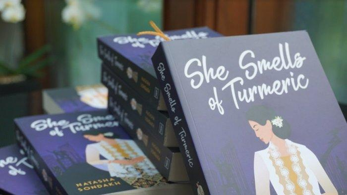 Novel She Smells of Turmeric, Kisah Cecilia Poetry Temukan Jati Diri di Indonesia