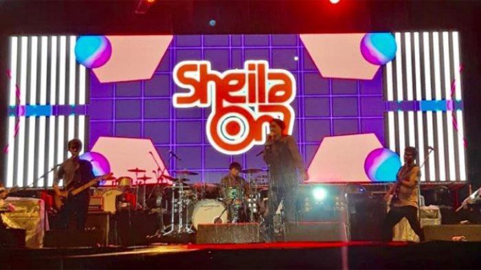 Chord Gitar dan Lirik Lagu Buat Aku Tersenyum - Sheila on 7: Dapatkah Engkau Slalu Menjagaku