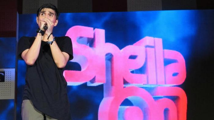 Chord Tunjuk Satu Bintang - Sheila On 7: Akan Ku Ukir Satu Kisah Tentang Kita