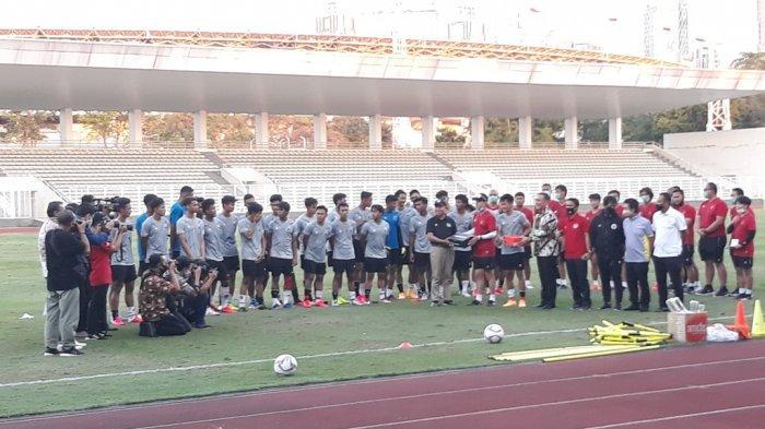 Shin Tae-yong Minta Pemain Kenakan Kaos Kaki Beda Warna di Latihan Terakhir Timnas Indonesia U-19