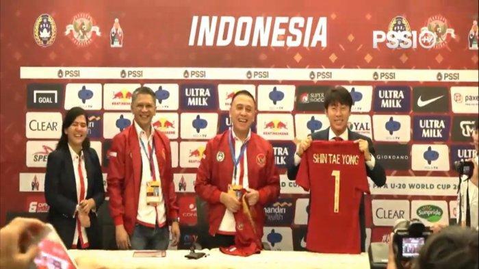 Shin Tae-yong perkenalan sebagai pelatih timnas Indonesia