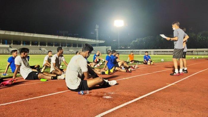 Timnas Indonesia Belum Dapat Porsi Latihan Berat kata Shin Tae-yong