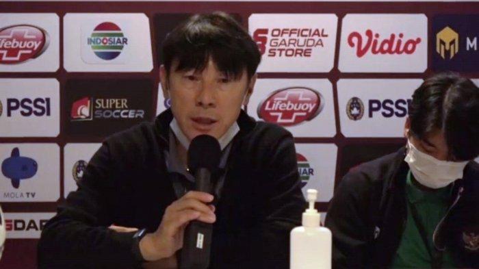 Pelatih Berdarah Jerman Jengkel ke Shin Tae-yong, Anggap Jelekkan Indonesia Setiap Pulang ke Korea