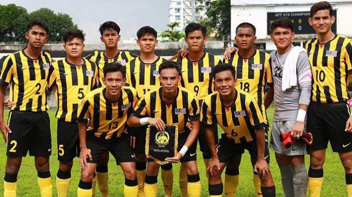 Shivan Pillay Asokan (2), bersama skuat Timnas U-19 Malaysia.