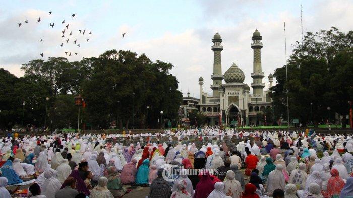 Bacaan Niat & Tata Cara Shalat Idul Adha, Minggu 11 Agustus 2019, Lengkap Beserta Artinya
