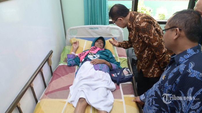 Sakit Hernia, Calon Jemaah Haji Ambruk dan Pingsan Menjelang Berangkat