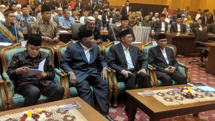Sidang Isbat penentuan awal Syawal 1440 Hijriah di Jakarta, Senin (3/6/2019).