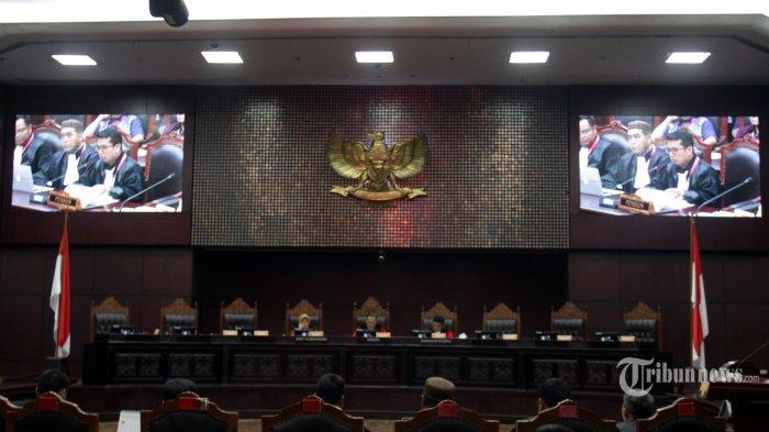 MK Tolak Uji Formil UU KPK, Ini Pertimbangan Hakim Wahiduddin Adams Beri Dissenting Opinion