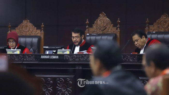 Bagi Penanganan Perkara Pileg Jadi 3 Panel, Hakim MK: Tak Mungkin Pleno, Bisa Mati Berdiri Kita