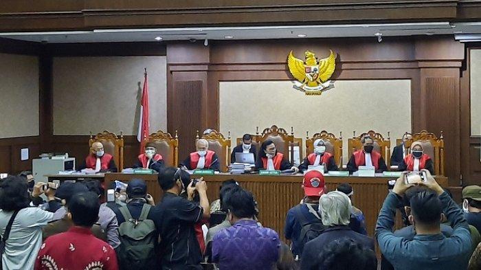 Sidang Dakwaan Kasus Jiwasraya, Enam Terdakwa Hadir di Persidangan