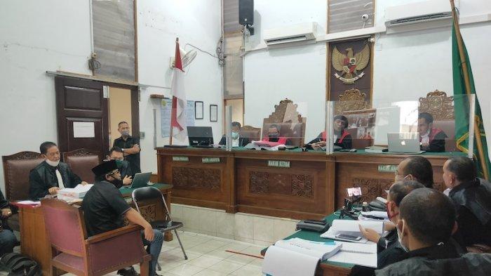 Dua Kali Mangkir, Muannas Alaidid Akhirnya Bersaksi di Persidangan Ruslan Buton