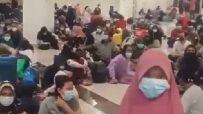 Ratusan Pasien Covid-19 Lesehan di Lantai Wisma Atlet, Antre Mendapatkan Kamar Inap