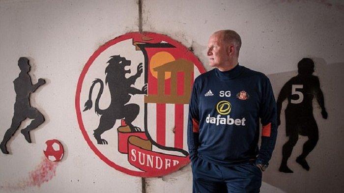 Simon Grayson Perbaiki Lini Pertahanan Sunderland