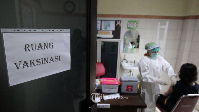 Vaksinasi Covid-19 Tahap Pertama di DKI: 60 Ribu Nakes dan 20 Tokoh Masyarakat Bakal Divaksin