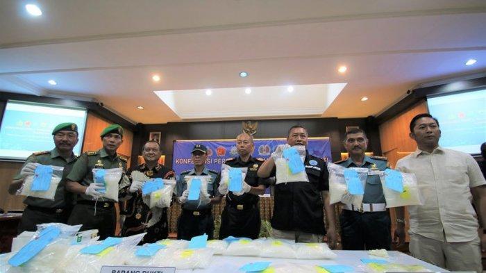 Sinergi Bea Cukai dan BNN Jawa Timur Gagalkan Penyelundupan 24,4 Kg Sabu