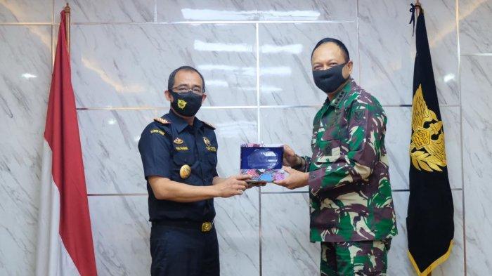 Langkah Penguatan Sinergi Bea Cukai dan TNI Angkatan Udara