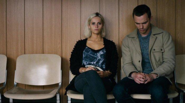 Sinopsis Film Collide, Upaya Nicholas Hoult Selamatkan Kekasihnya, Felicity Jones Tayang di TransTV