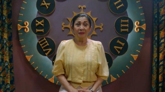 Niniek L. Karim sebagai Fatmawati dalam film Sweet 20.
