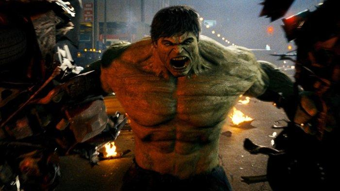 Edward Norton sebagai Bruce Banner/Hulk dalam Film The Incredible Hulk (2008)